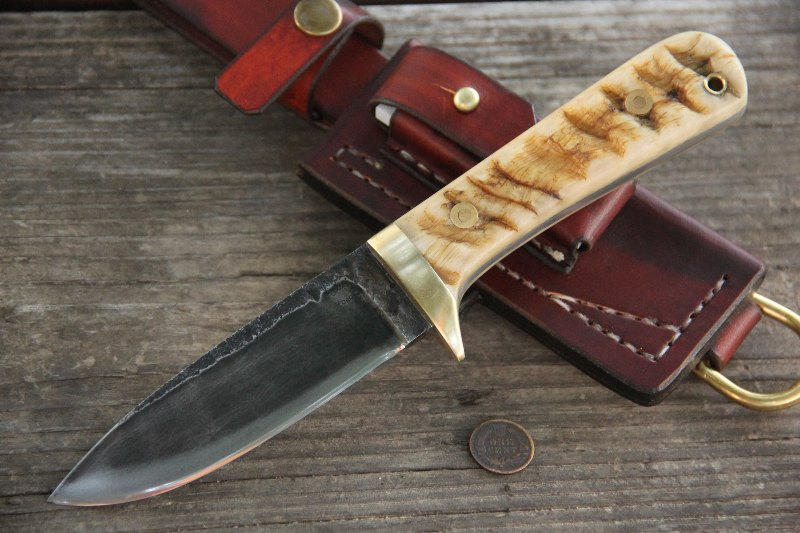 Classic Hunter, Hunting Knives, Lucas Forge, Custom Knives, Belt Knives, Trakker Sheath, Custom Leather Knife Sheaths, Custom Made Knives