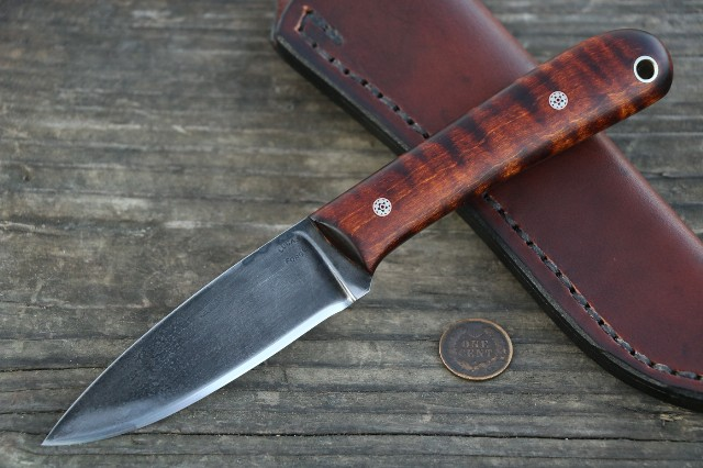 Custom Knives, Hunting Knives, Lucas Forge, Frontier Knives, Small Belt Knives, Belt Knives