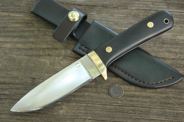 Classic Hunting Knife, Classic Hunter, Full Tang Hunting Knife, Custom knives, Lucas Forge Knives, Belt Knife, Leather Snap Sheath, Custom Hunting Knife