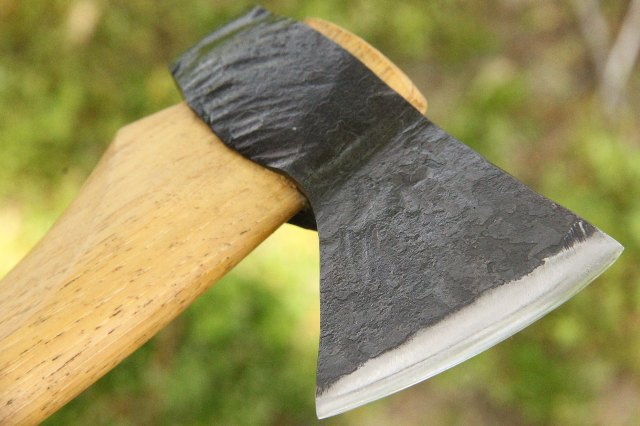 Ike's Axes, Lucas Forge, Custom Axes, Axe Made in US, US Made Tools, US Made Axes