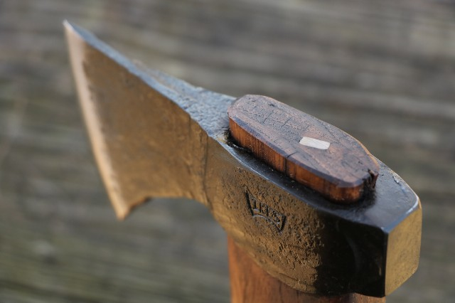 Hand Forged Axes, Hand Forged Knives, Custom Knives, Custom Axes, Lucas Forge, Wolf Valley Forge