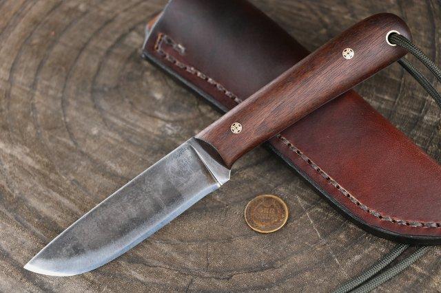 Custom Knives, Lucas Forge, Lucas Forge Knife, Lucas Forge Knife Giveaway, Belt Knife, Camp Knife, Trail Knife, Deer Knife, Field Dressing Knife